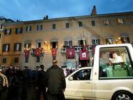 Tradicional visita del Papa a plaza de España