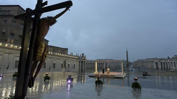 「主よ、嵐の中にわたしたちを見捨てないでください」教皇による黙想