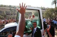 Cumprimentei o Papa