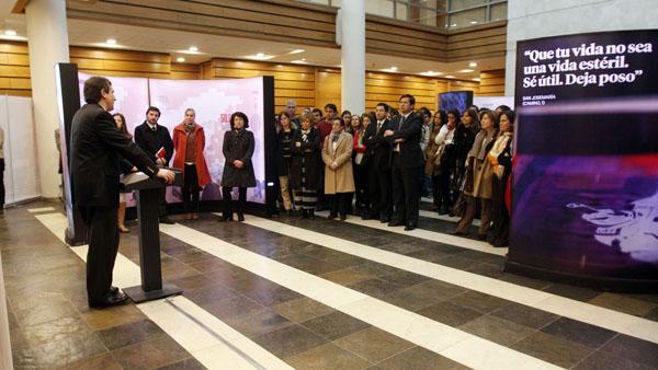Protagonistas del milagro de Álvaro del Portillo conversaron en la Universidad de los Andes