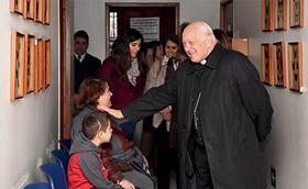 Policlínico El Salto recibe visita pastoral del Cardenal de Santiago.