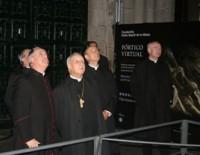 Ante o Pórtico da Gloria na Catedral de Santiago