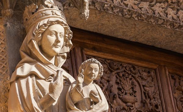 «Me llamarán bienaventurada»: Santa María en el año litúrgico
