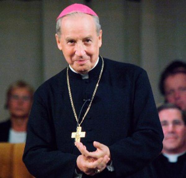 Der Prälat des Opus Dei sichert Papst Franziskus seine Verbundenheit zu