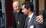 Mons. Ocáriz: «Vale la pena vivir la propia vida entregándola por los demás»