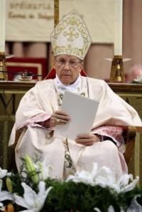 Monseñor Javier Echevarría durante la celebración eucarística Foto: Manuel Castells