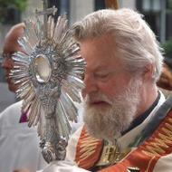 Veel belangstelling voor Amsterdamse sacramentsprocessie
