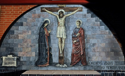 'Muerte de Jesús': quinto misterio doloroso (escena del Santo Rosario del Santuario de Torreciudad)