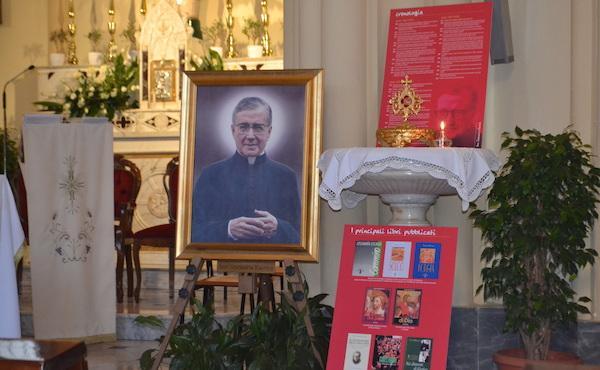 Una reliquia di san Josemaría nel cuore di Napoli