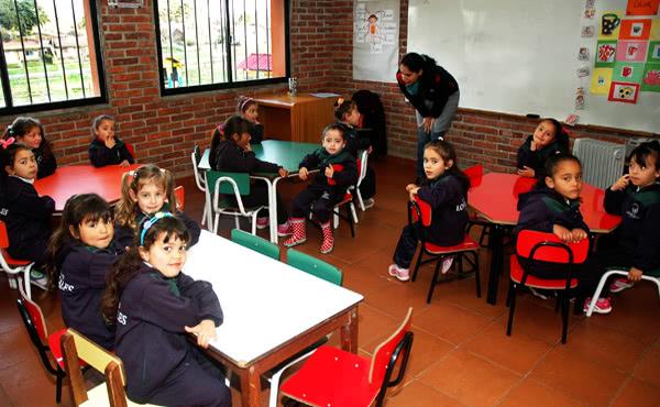 Opus Dei - Los Rosales invita a participar en su labor educativa