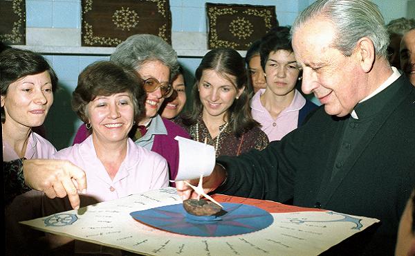 Opus Dei - Misas en Colombia con ocasión de la festividad del Beato Álvaro del Portillo