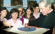 Misa en Medellín y otras ciudades de Colombia con ocasión de la festividad del Beato Álvaro del Portillo