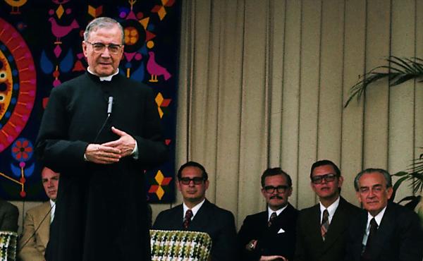 Opus Dei - Calendario de Misas en Colombia con ocasión de la fiesta de San Josemaría Escrivá de Balaguer