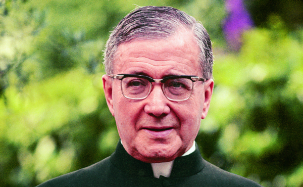 Opus Dei - Misas en Colombia por los 15 años de la canonización de san Josemaría