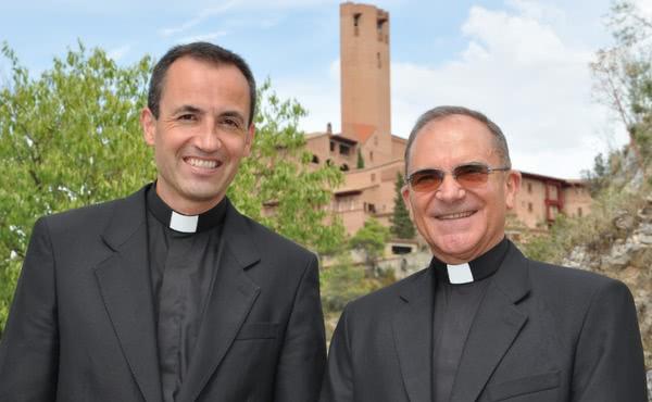 Opus Dei - Revista de prensa de la ordenación sacerdotal de dos diáconos del Opus Dei