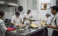 Parroquias organizan cenas y comidas de Navidad para las personas sin hogar