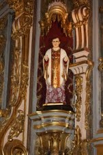 Imagen de San Josemaría en una de las capillas laterales de la Basílica del Pilar