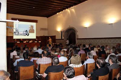 Imatge general de l'IEI durant la taula rodona. Foto: Andreu de S.