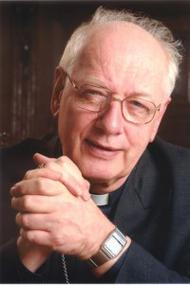 Het 'ten geleide' van het boek 'De Heilige van het Gewone' door kardinaal Simones