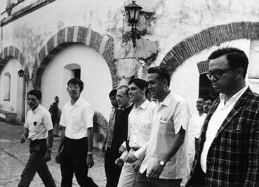 Santo Josemaría mengunjungi El Peñon pada tahun 1970.