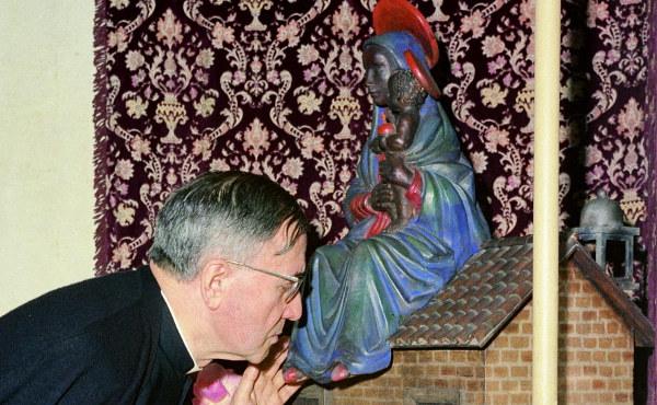 """Opus Dei - """"Vaig resar la novena de la feina a sant Josepmaria"""""""