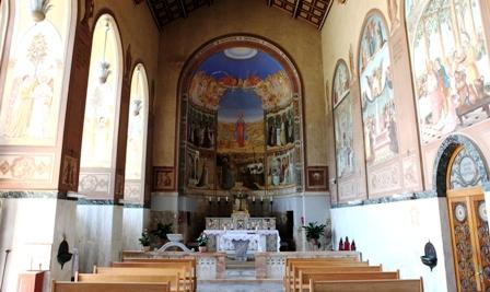 Nella Chiesa della Visitazione è rappresentata la glorificazione della Madonna lungo i secoli. Foto: Alfonso Puertas.