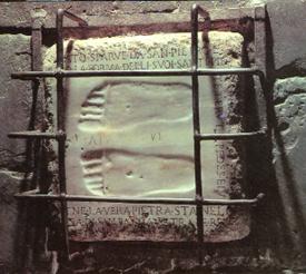"""Il """"Quo Vadis"""" ricorda il posto dove secondo la tradizione Gesù è venuto incontro a San Pietro nell'anno 64"""
