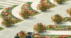 <i>Scalinata</i> inaczej<i>ventaglio</i> na Placu św. Piotra