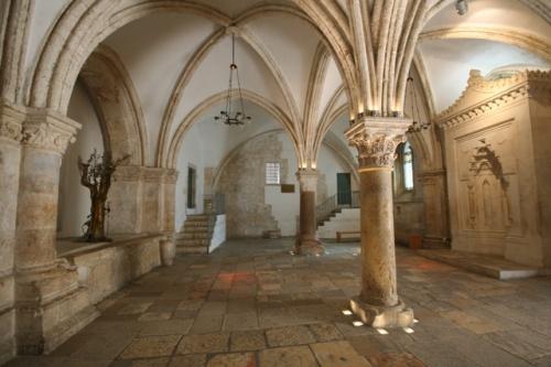 Les grands pèlerinages chrétiens à partir de l`Angleterre au Moyen-Âge - Canterbury -Terre-Sainte - Rome - Compostelle C04_jason_harman_1