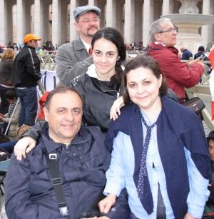 Rita mit ihrem Mann und ihrer Tochter
