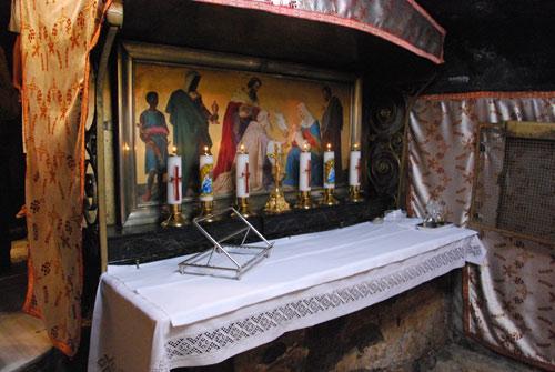 Altare dei Re Magi, di fronte alla mangiatoia.