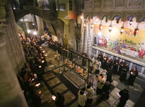 Les franciscains de la Custodie de Terre Sainte font quelques jours une procession en cette basilique durant le  carême. Photo: Marie-Armelle Beaulieu/CTS.