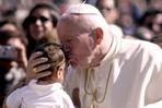 João Paulo II com jovens