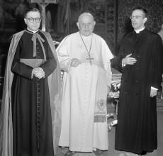 Juan XXIII, avec saint Josémaria et Alvaro del Portillo