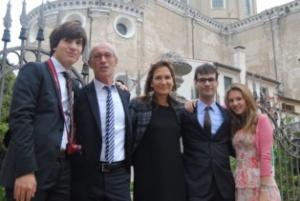 Maddalena col marito e i tre figli