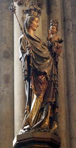 Die Mailänder Madonna ist eine gotische Statue, die sich in der Kapelle des Allerheiligsten im Kölner Dom befindet