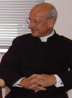 Monseigneur Fernando Ocariz, vicaire général de l'Opus Dei