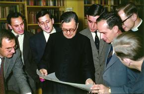 Sveti Josemaría sa studentima u Londonu, 15. kolovoza 1961.