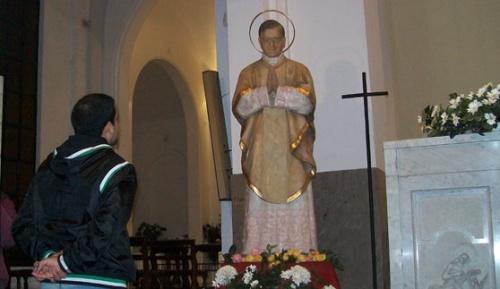 Statue de Saint Josémaria en la cathédrale Saint-Michel, au coeur de Buenos Aires