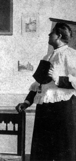 Josemaria Escriva, a year before his priestly ordination