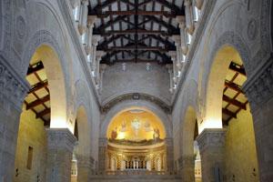 En el ábside del presbiterio, está representada la escena de la transfiguración del Señor. Foto: Leobard Hinfelaar.