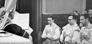 Josemaría s prvom trojicom vjernika Opusa Dei koji će kasnije biti zaređeni za svećenike
