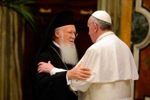 O Papa Francisco com a delegação do Patriarcado Ecuménico em junho de 2013