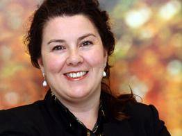 Yolanda Cagigas Ocejo, Directrice des Archives Générales de l'Université de Navarre, historienne et collaboratrice de l'Institut Historique Saint-Josémaria-Escriva.