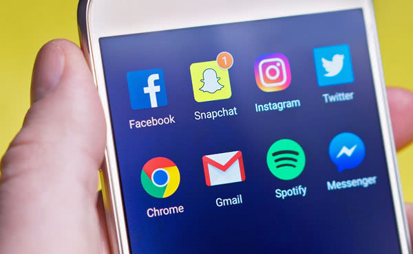 Opus Dei - Verstandig omgaan met social media, hoe doe je dat?
