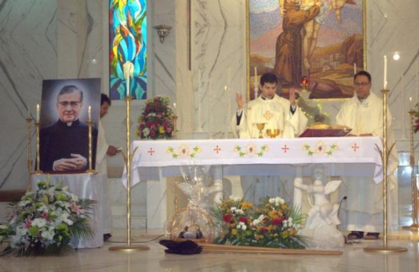 Messa di San Josemaría a Dubai