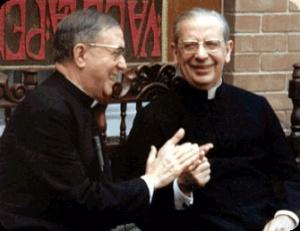 St Josemaría and Fr Álvaro del Portillo - Guatemala, 19-2-1975
