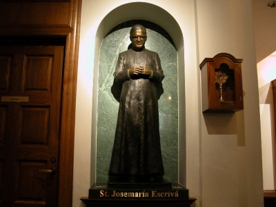 Imagen de san Josemaría en Catholic Information Center (Washington D.C.)