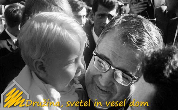 """Opus Dei - """"Družina, svetel in vesel dom"""""""