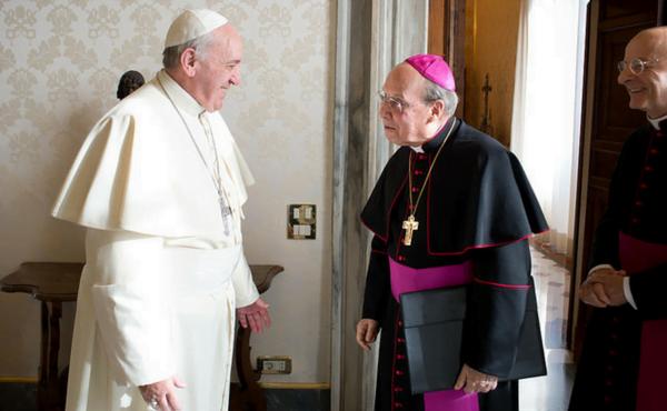 Opus Dei - Telegram papeža Frančiška ob smrti prelata Opus Dei